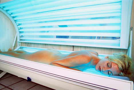 Tanning Beds Less Harmful Than Sun